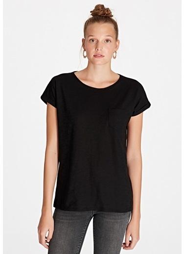 Mavi Kadın  Cepli Basic Tişört 165846-900 Siyah